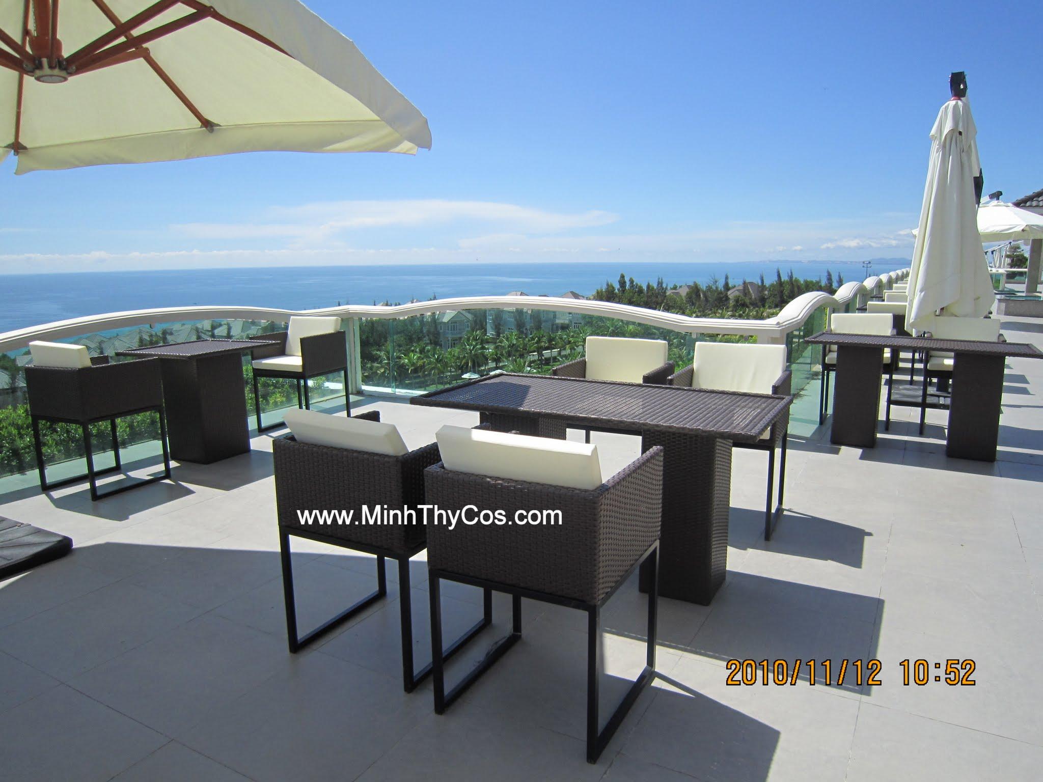 Outdoor wicker dining set sEALINK Phan Thiet