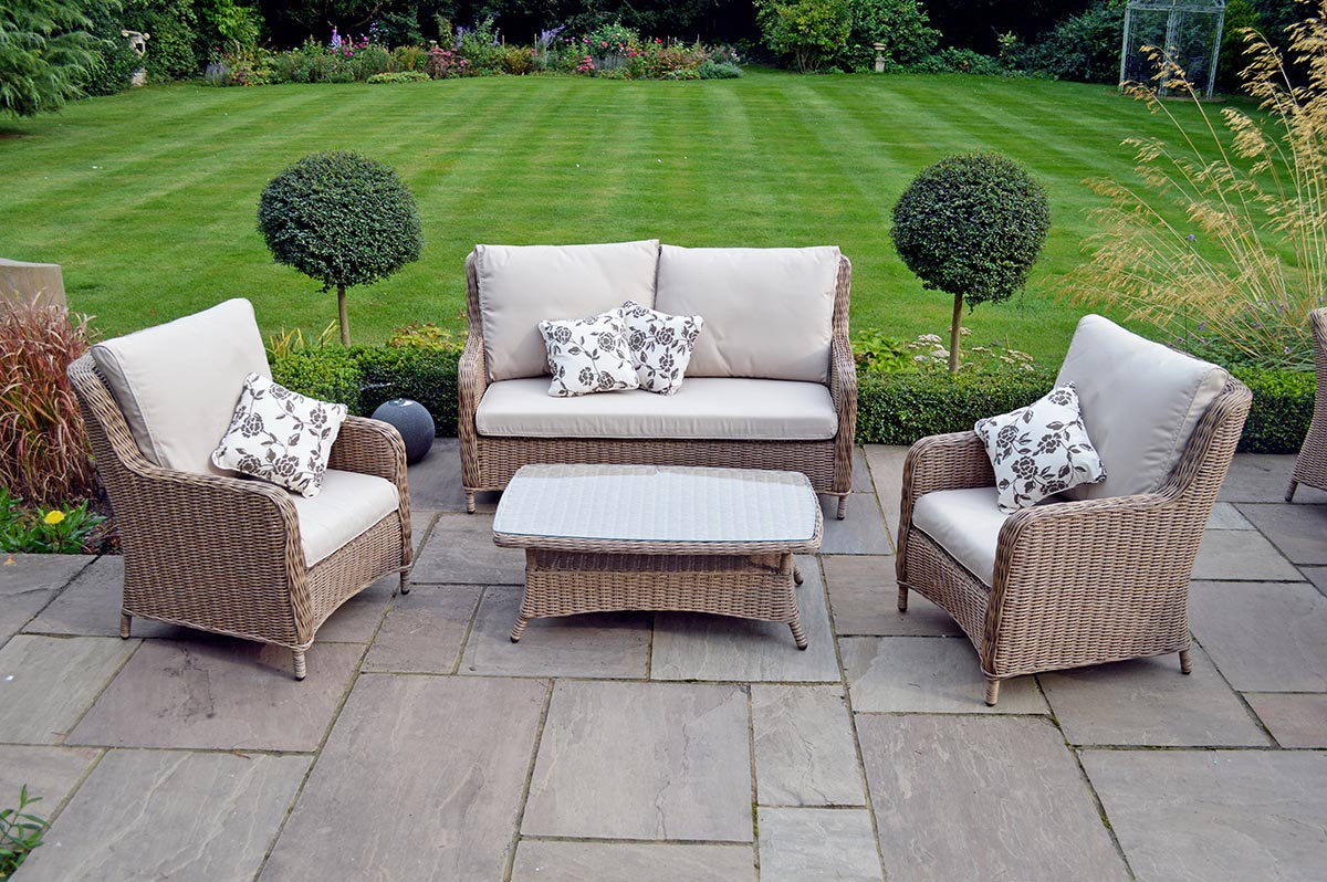 Why choose rattan furniture for your garden