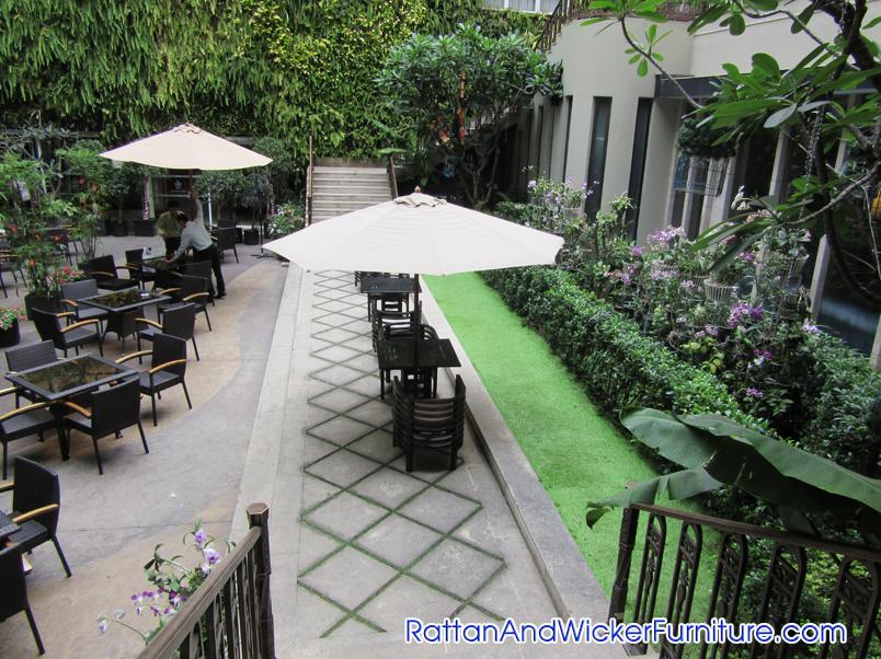 rattan-and-wicker-furniture-hotel-rex_10